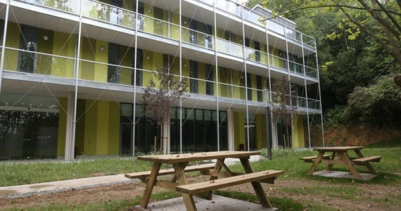 hostel-san-sebastian-green-nest-garden